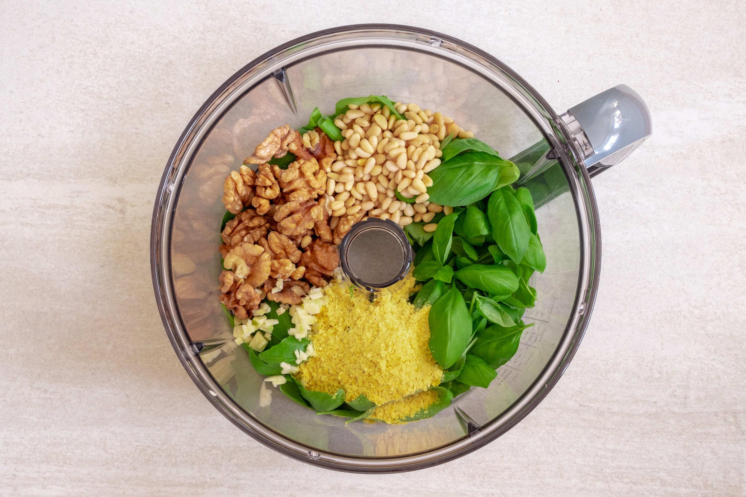 Vegan pesto with walnuts