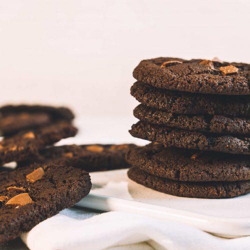 Vegan chocolate chip chocolate cookies