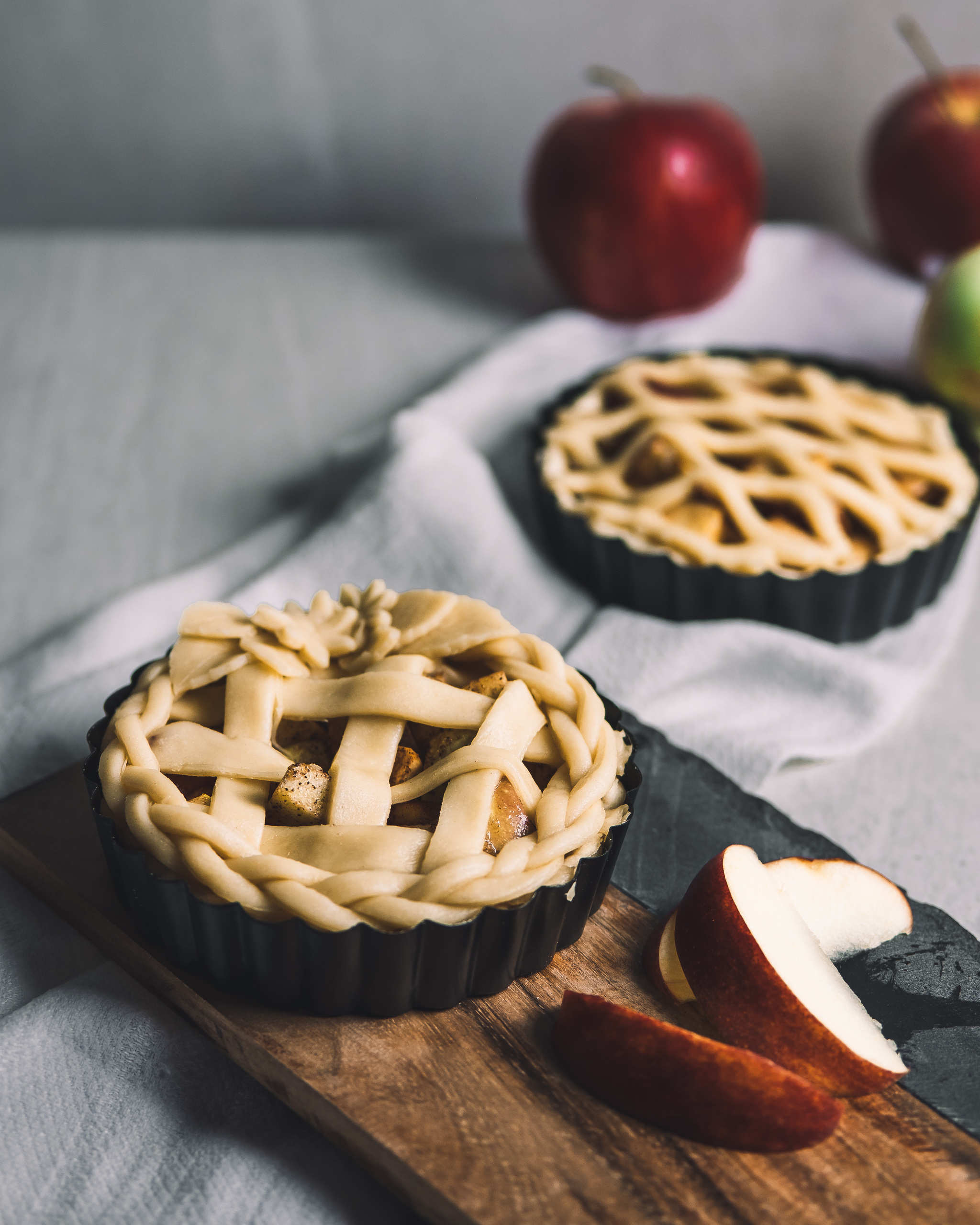 Super simple vegan apple pie