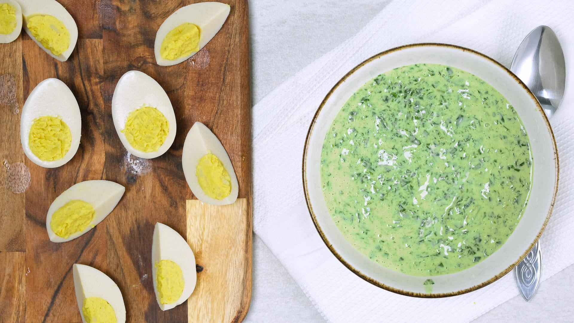 Veganska ägg vegetarisk vegan spenatsoppa veganägg