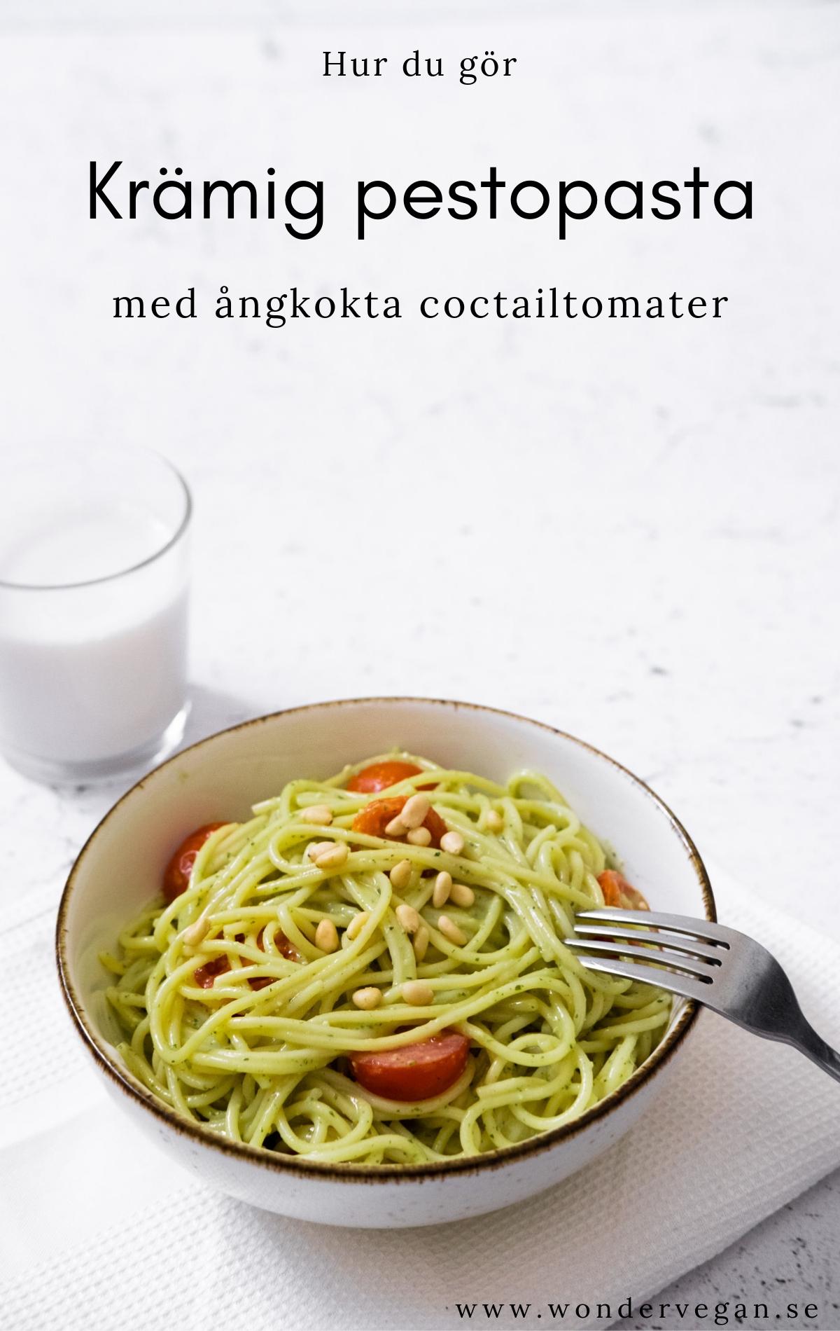Krämig pestopasta med ångkokta tomater