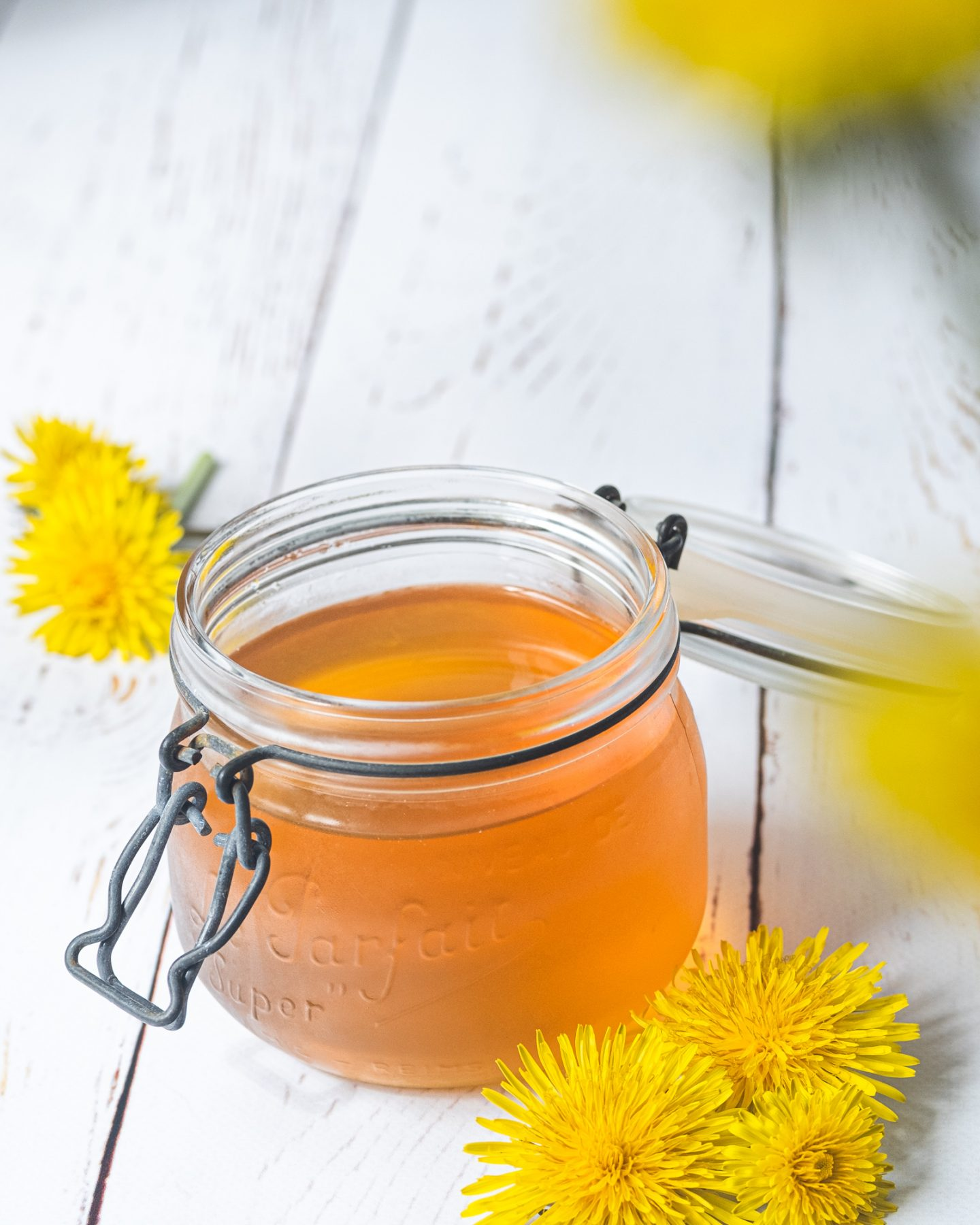 Vegansk honung maskroshunung maskrossirap recept med maskrosor
